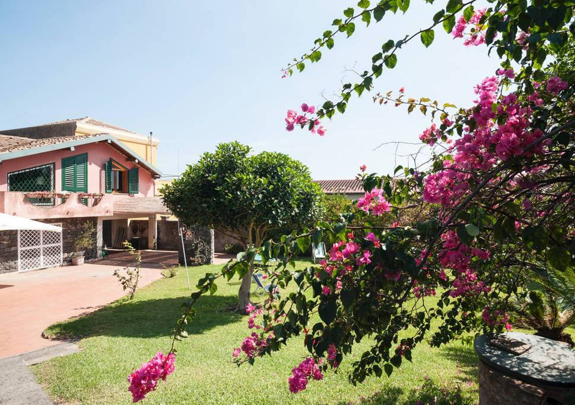 Apartment Acireale B B Double AC bedroom in villa with g photo 16998848