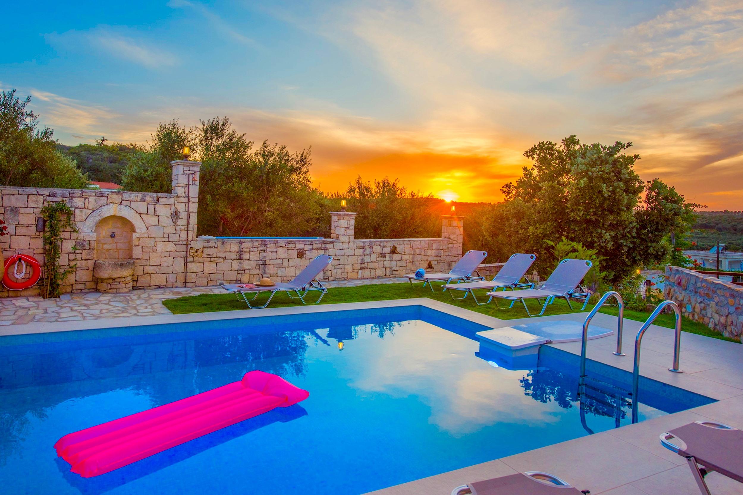 Ferienhaus Luxury Villa Korini with private swimming pool (2470495), Roumeli, Kreta Nordküste, Kreta, Griechenland, Bild 3