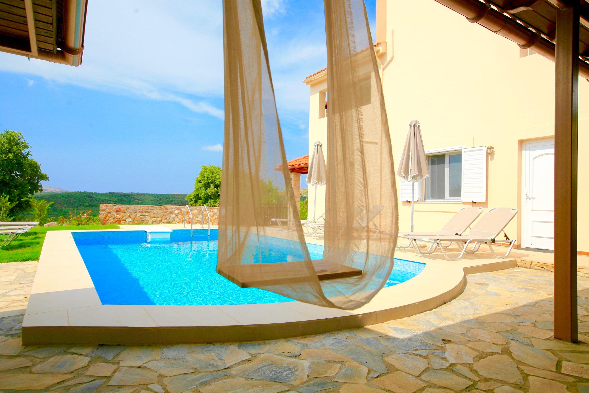 Ferienhaus Luxury Villa Korini with private swimming pool (2470495), Roumeli, Kreta Nordküste, Kreta, Griechenland, Bild 2