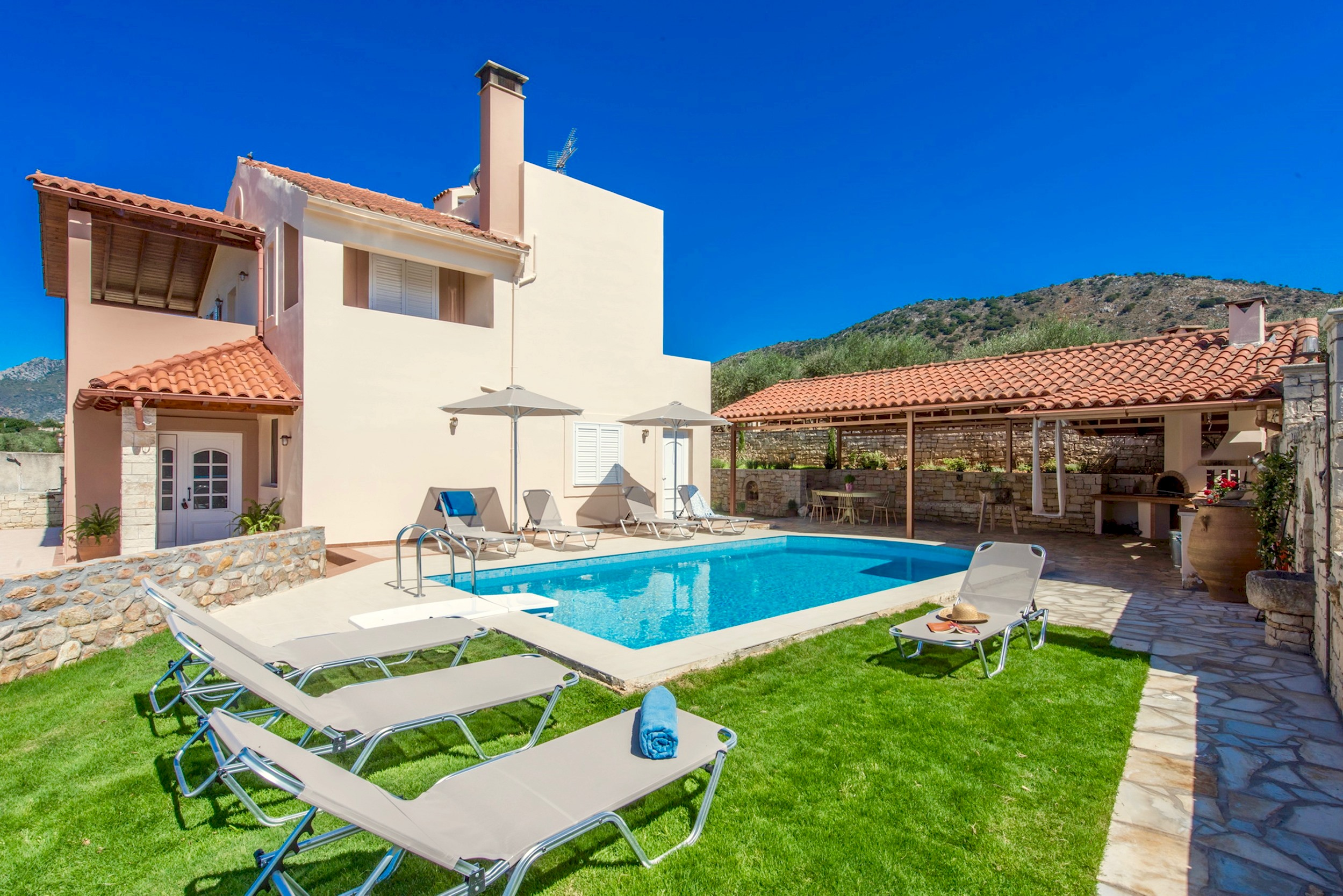 Ferienhaus Luxury Villa Korini with private swimming pool (2470495), Roumeli, Kreta Nordküste, Kreta, Griechenland, Bild 7