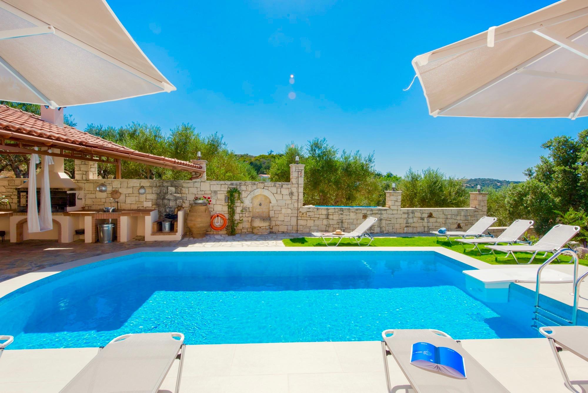 Ferienhaus Luxury Villa Korini with private swimming pool (2470495), Roumeli, Kreta Nordküste, Kreta, Griechenland, Bild 13