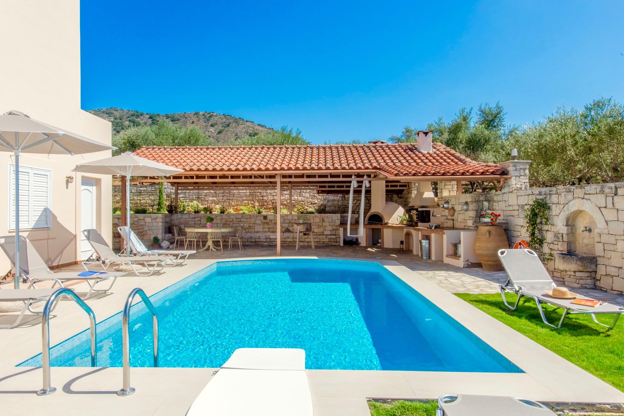 Ferienhaus Luxury Villa Korini with private swimming pool (2470495), Roumeli, Kreta Nordküste, Kreta, Griechenland, Bild 16