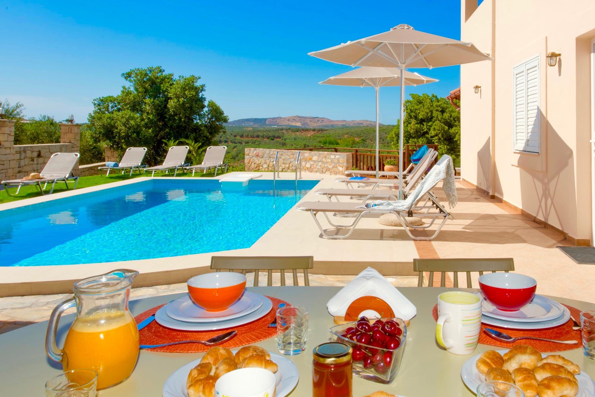 Ferienhaus Luxury Villa Korini with private swimming pool (2470495), Roumeli, Kreta Nordküste, Kreta, Griechenland, Bild 24