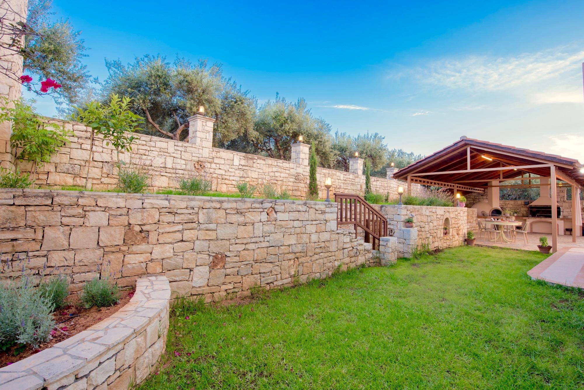 Ferienhaus Luxury Villa Korini with private swimming pool (2470495), Roumeli, Kreta Nordküste, Kreta, Griechenland, Bild 28