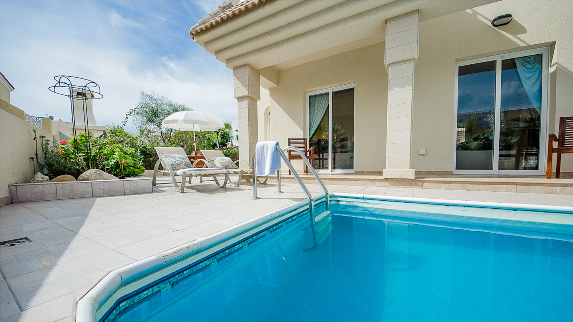 Apartment RENT your luxury PRIVATE VILLA 164 in Cyprus photo 23805728