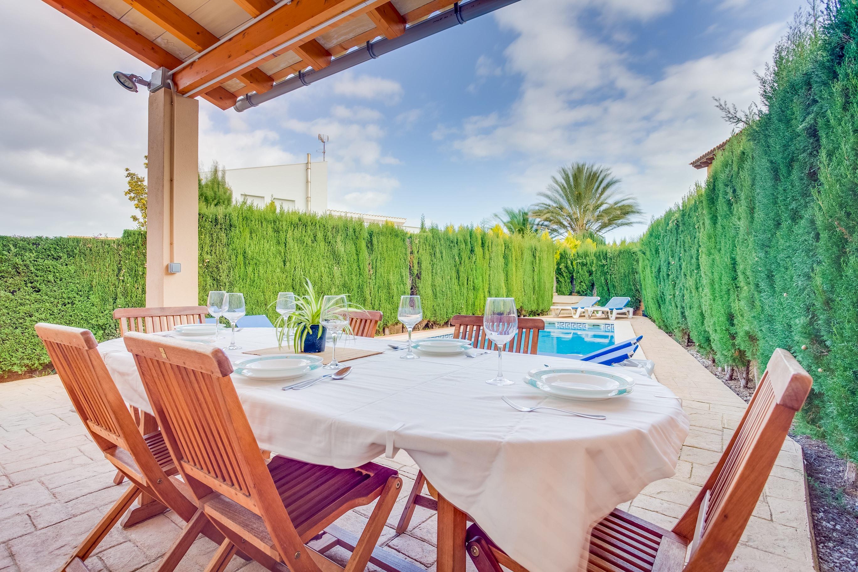 Apartment Villa Roser photo 20283812
