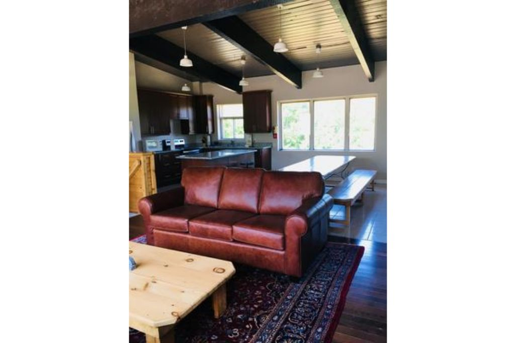 Apartment 6 Bed Blue Mountain Chalet with Hot Tub  8C - Sleeps 16  photo 16993851