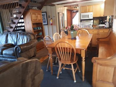 Apartment 6 Bed Blue Mountain Cottage with Hot Tub  102 - Sleeps 14 photo 20301914