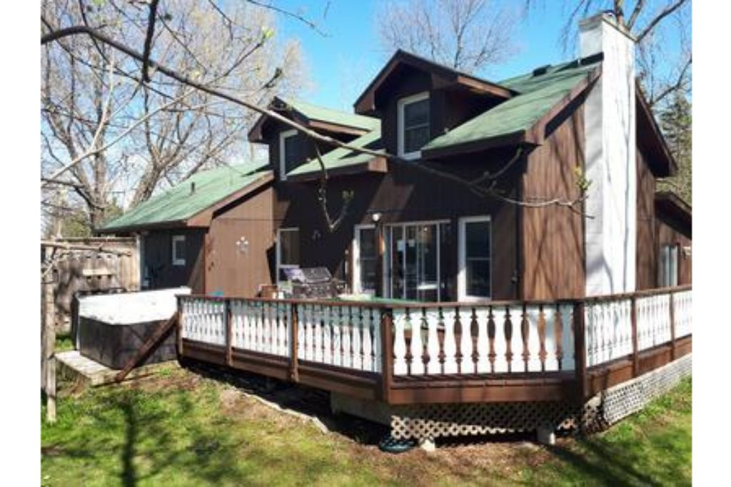 Apartment 6 Bed Blue Mountain Cottage with Hot Tub  102 - Sleeps 14 photo 20301938
