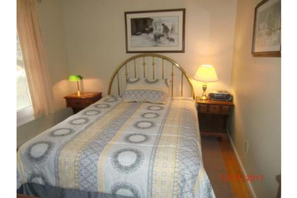 Apartment 6 Bed Blue Mountain Cottage with Hot Tub  102 - Sleeps 14 photo 20444216