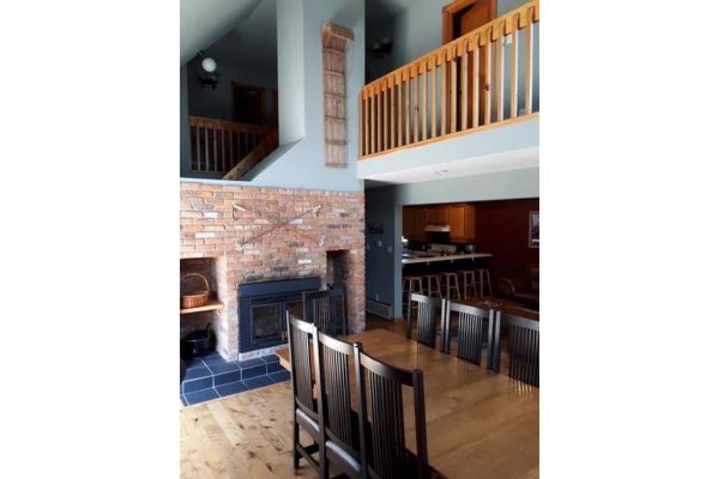 6 Bed Blue Mountain  Chalet with Hot Tub #157 - Sleeps 14 photo 15880000