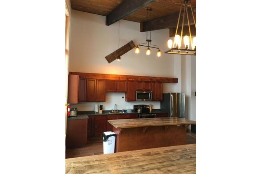 Apartment 8 Bed Blue Mountain Chalet with Hot Tub  220 - Sleeps 16 photo 20155384