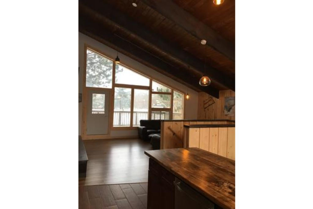 Apartment 8 Bed Blue Mountain Chalet with Hot Tub  220 - Sleeps 16 photo 20441946