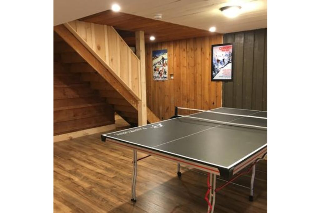 Apartment 8 Bed Blue Mountain Chalet with Hot Tub  220 - Sleeps 16 photo 20441958