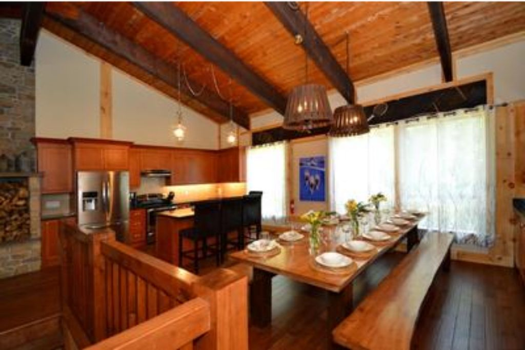 9 Bed Blue Mountain Chalet with Hot Tub #214 - Sleeps 20 photo 20293467