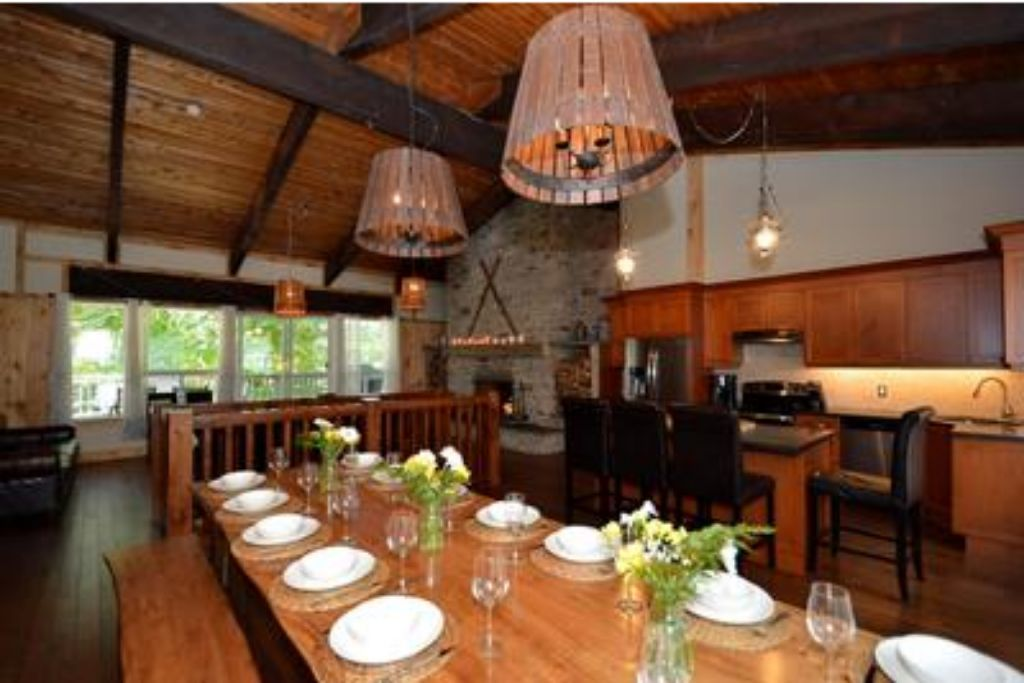 9 Bed Blue Mountain Chalet with Hot Tub #214 - Sleeps 20 photo 20410524