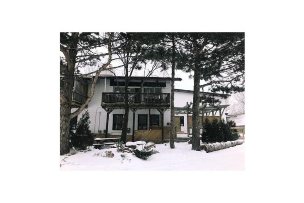 Apartment 9 Bed Blue Mountain Chalet with Hot Tub  214 - Sleeps 20 photo 20293489