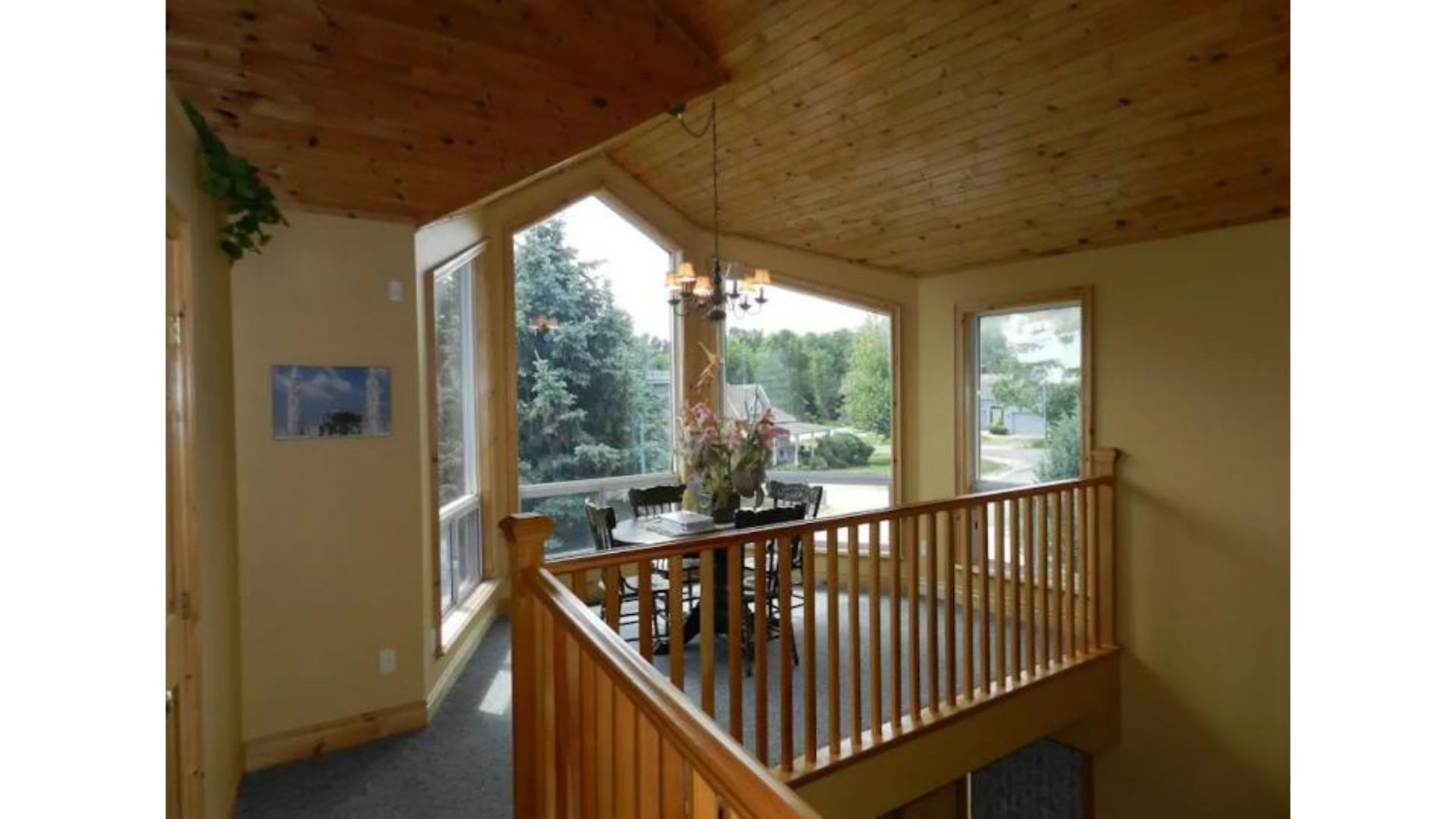 Apartment Fantastic 5 Bed Blue Mountain Chalet - Steps to Skiing   Shopping - Sleeps 14 photo 20446094