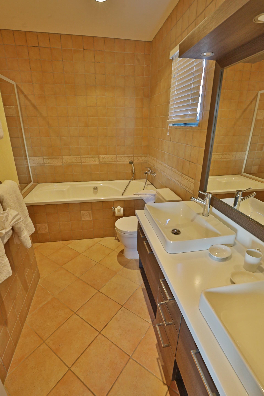 Apartment Aruba Dreams located in the prestigious Tierra del Sol community photo 22820873