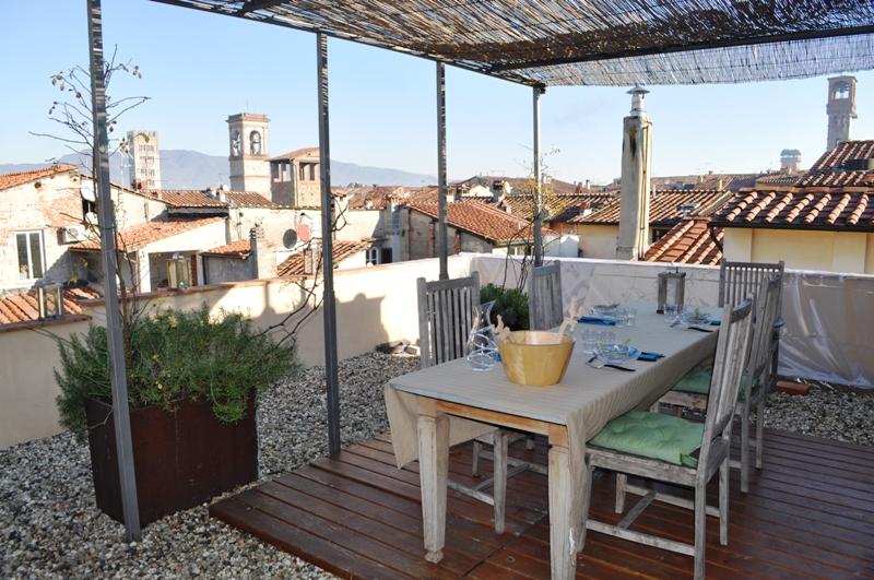 Lucca, Italy Apartment #RU1176936