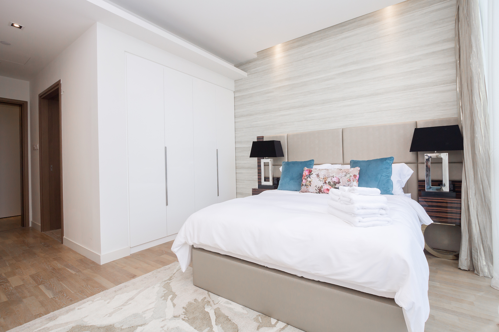 Amazing 2 Beds Opposite The Mall and Cinema in City Walk B1'511 photo 25057843