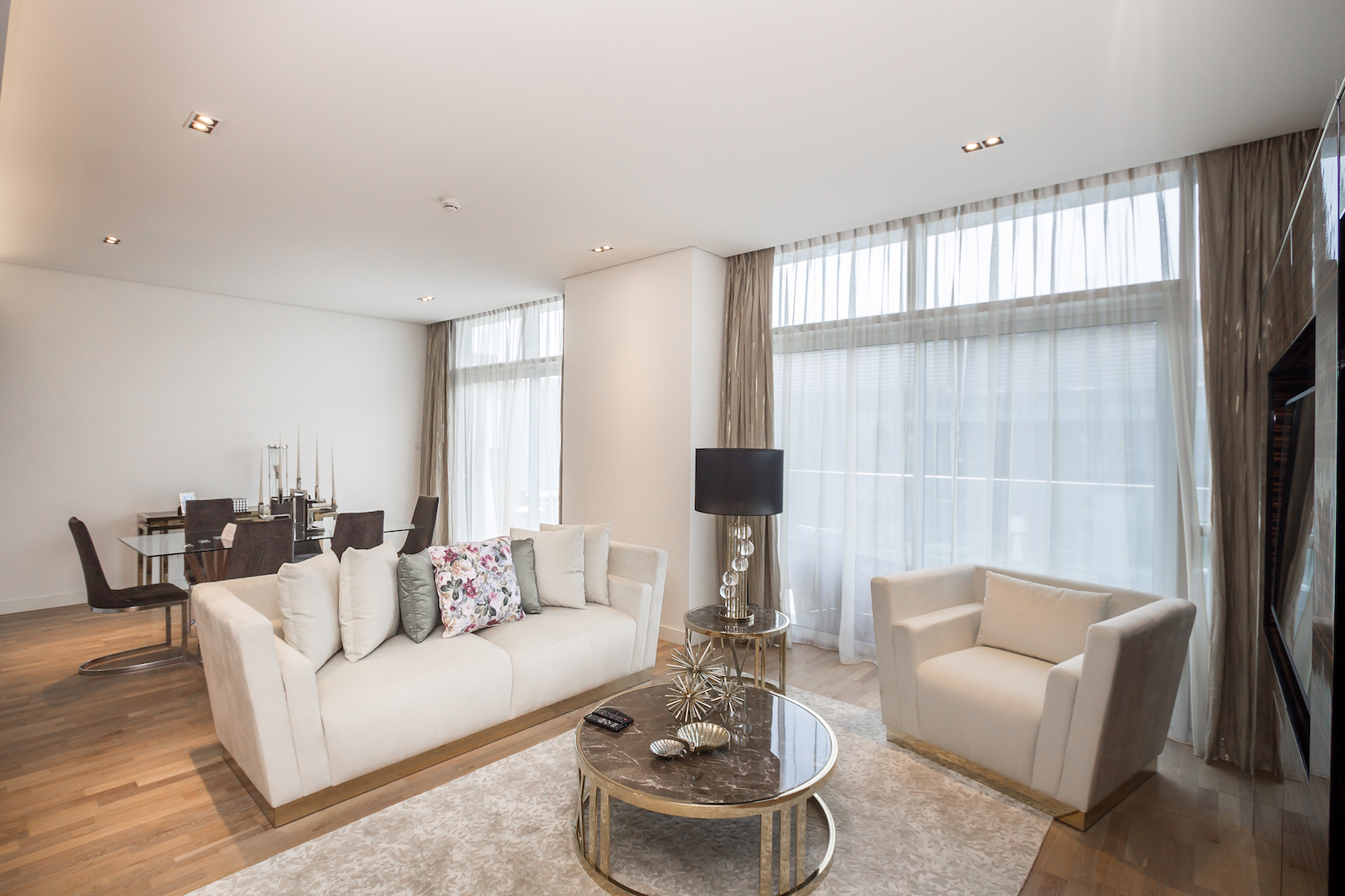 Amazing 2 Beds Opposite The Mall and Cinema in City Walk B1'511 photo 25057846