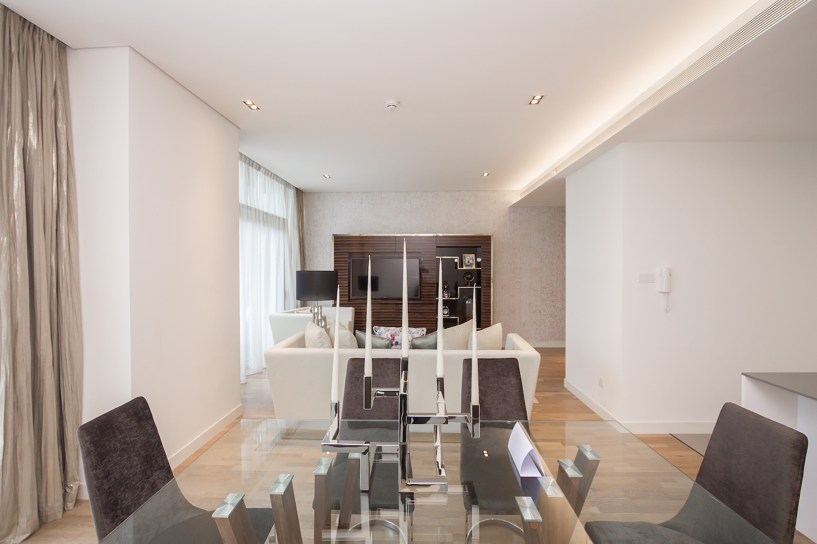 Amazing 2 Beds Opposite The Mall and Cinema in City Walk B1'511 photo 25057848