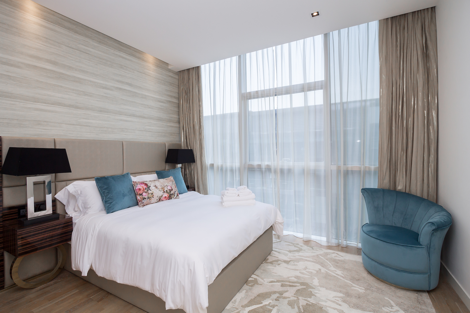 Apartment Amazing 2 Beds Opposite The Mall and Cinema in City Walk B1 511 photo 25057850