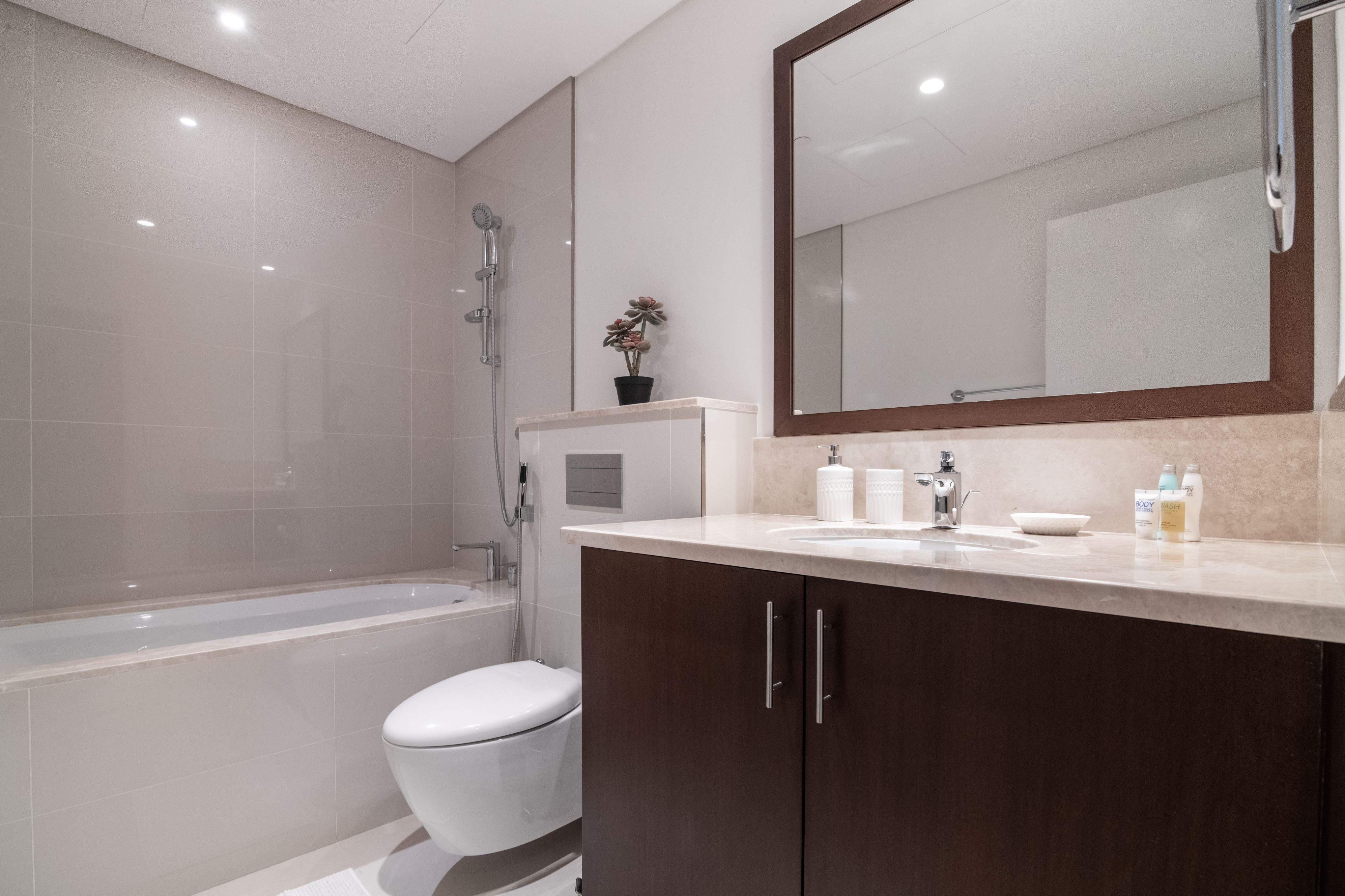 Apartment Stunning 2 BR   Burj Khalifa View  Blvd Crescent Downtown photo 20818568