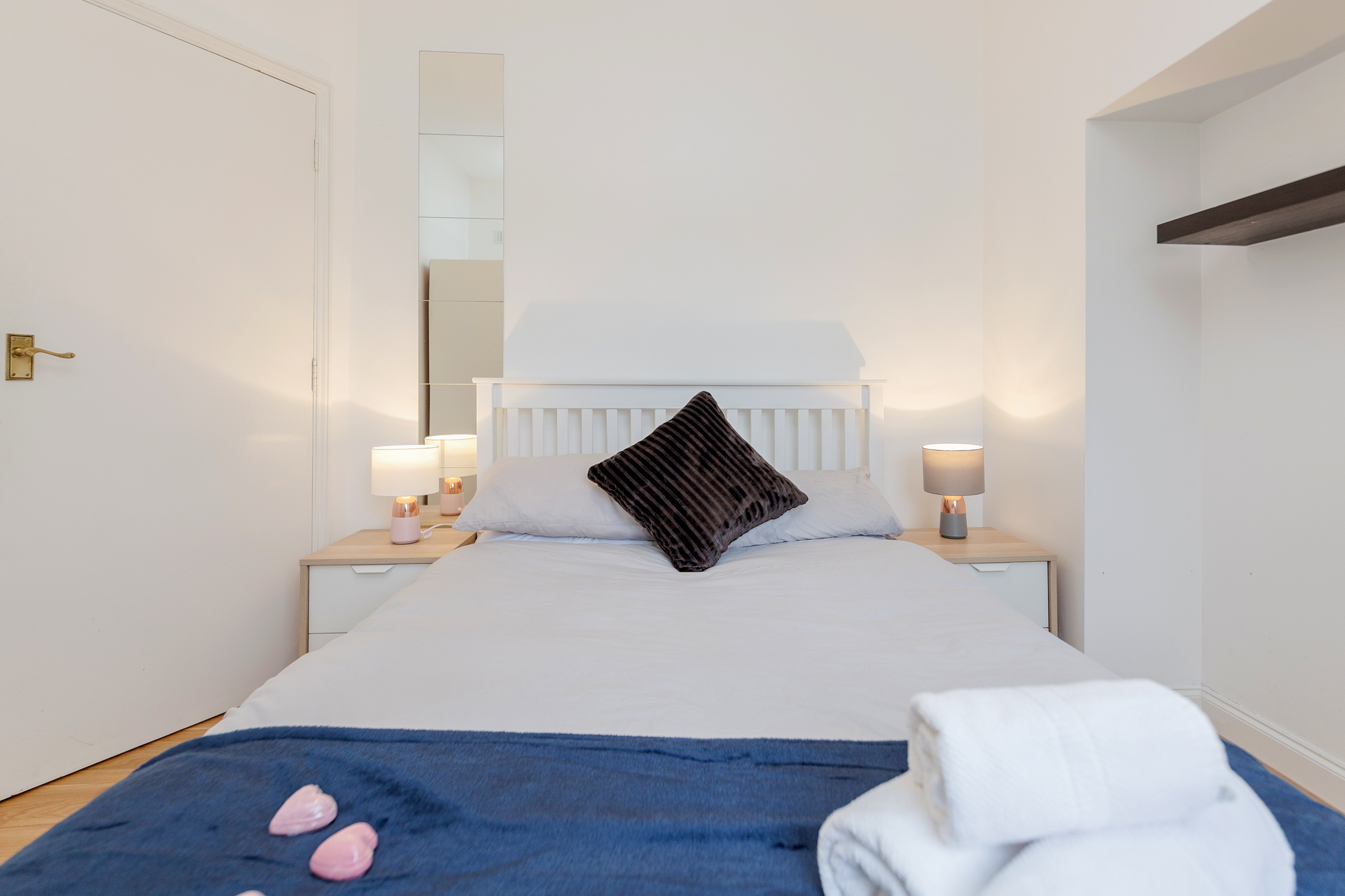 Apartment Contemporary East London Style Apartment in the heart of Brick Lane - one Minute from The Truman Brewery  photo 20192444