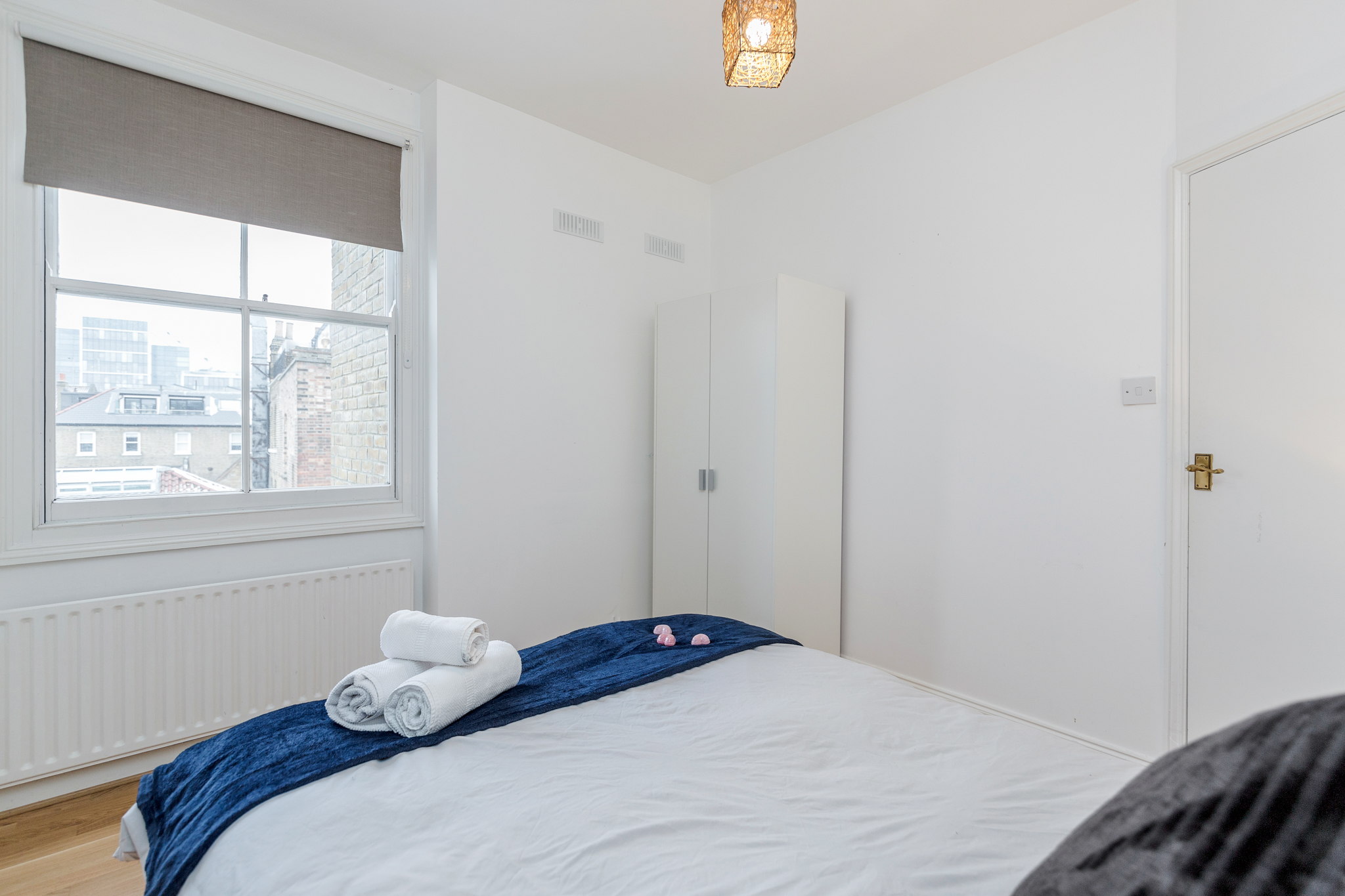 Apartment Contemporary East London Style Apartment in the heart of Brick Lane - one Minute from The Truman Brewery  photo 20035150
