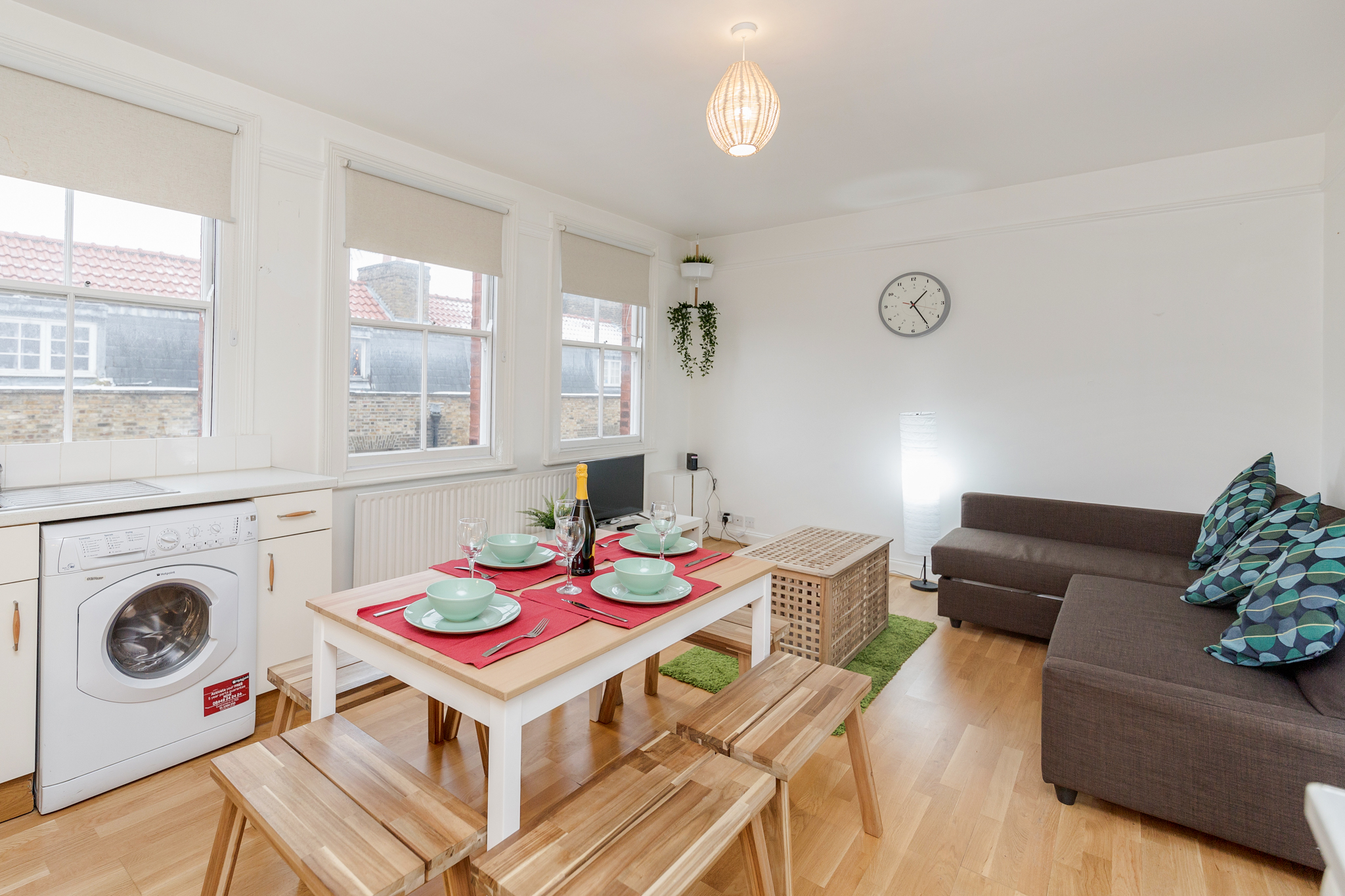 Contemporary East London Style Apartment in the heart of Brick Lane - one Minute from The Truman Brewery  photo 20466984