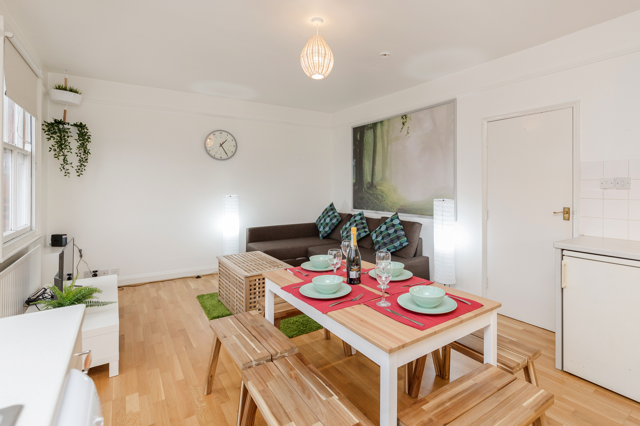 Contemporary East London Style Apartment in the heart of Brick Lane - one Minute from The Truman Brewery  photo 20247422