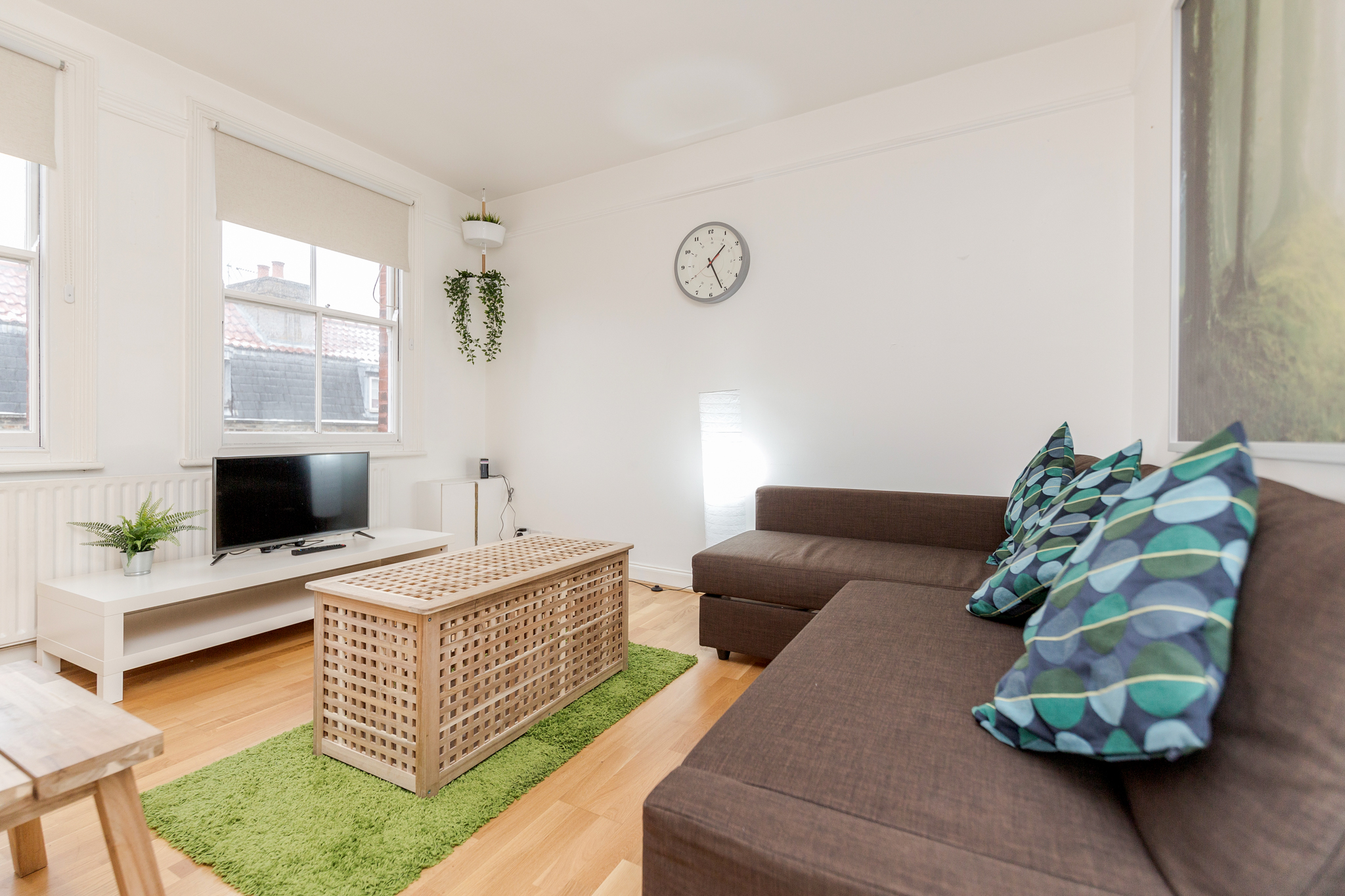 Contemporary East London Style Apartment in the heart of Brick Lane - one Minute from The Truman Brewery  photo 20324098