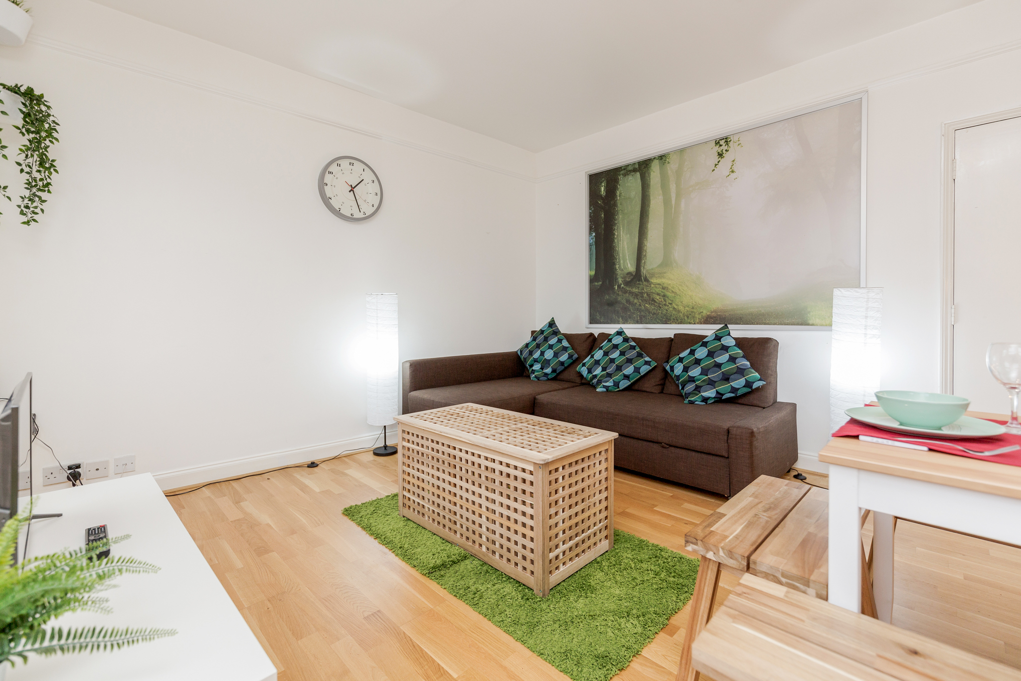 Contemporary East London Style Apartment in the heart of Brick Lane - one Minute from The Truman Brewery  photo 20324096