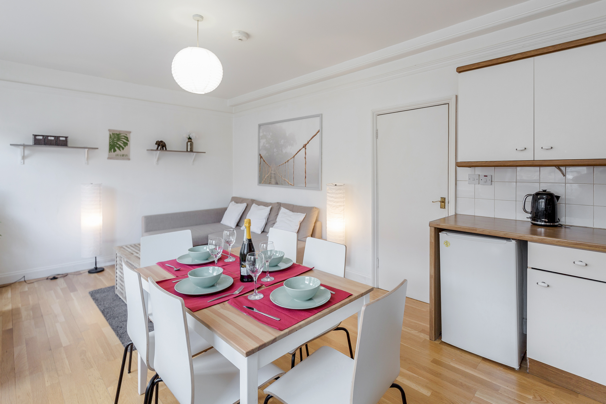 Stylish apartment in the heart of Brick Lane - one Minute from The Truman Brewery  photo 20462263