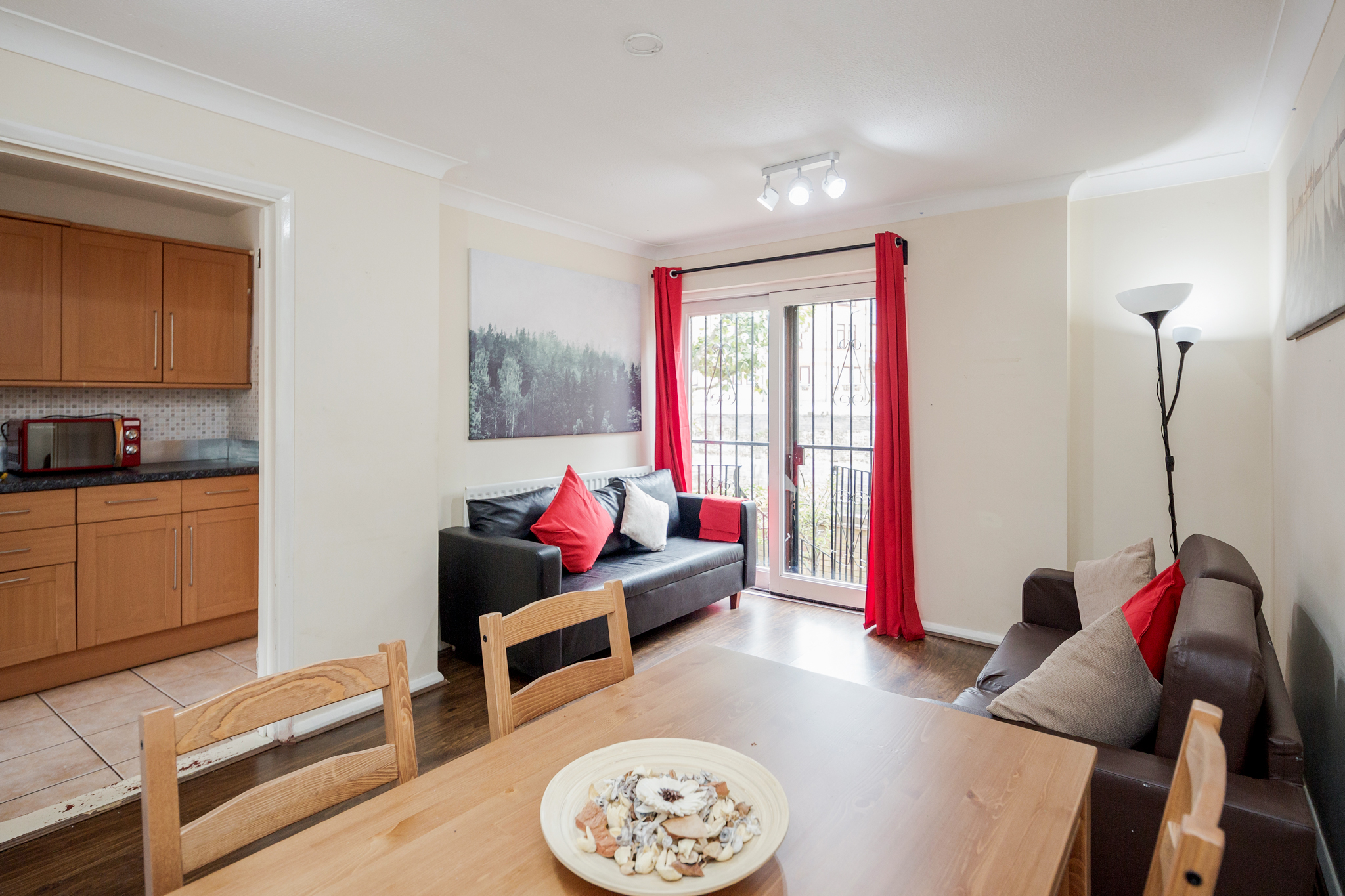 Double room 10 minutes walking from Tower Bridge - (Shared Bathroom) photo 13794094