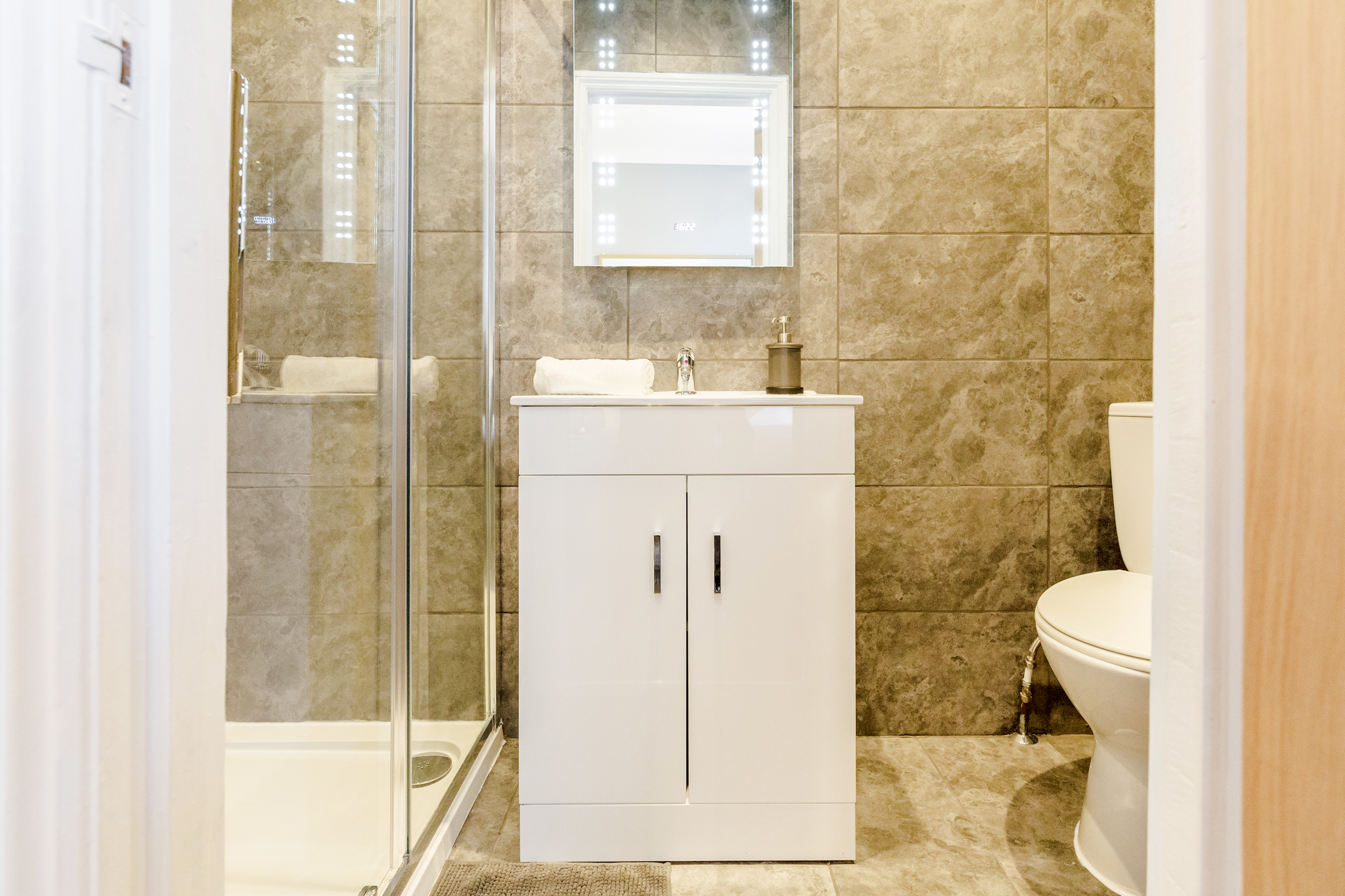 Apartment Stylish Big double room with private bathroom just minutes away from Aldgate photo 20317266