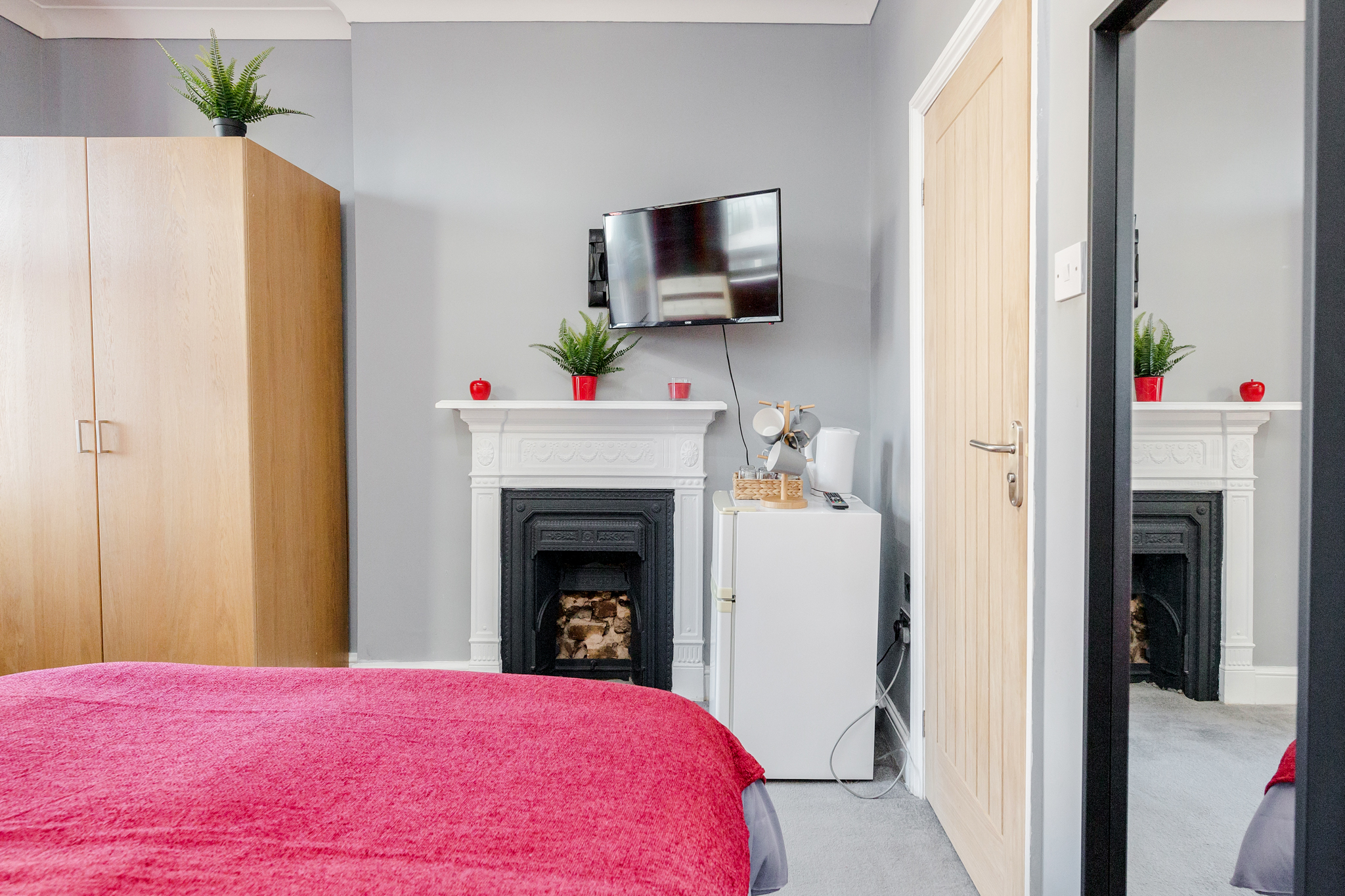 Modern quadruple room with private bathroom just minutes away from Aldgate photo 20326207