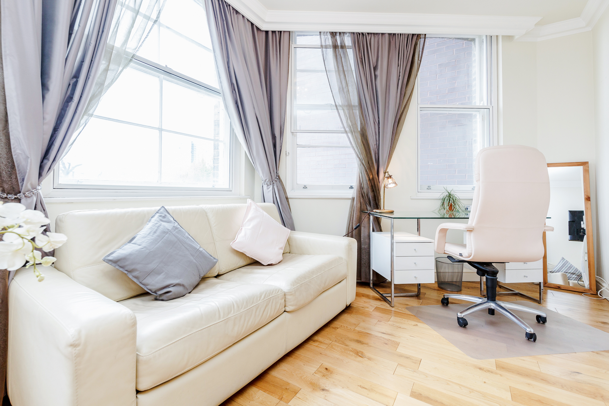 Beautiful cosy one bedroom apartment close to Liverpool Street photo 20322814