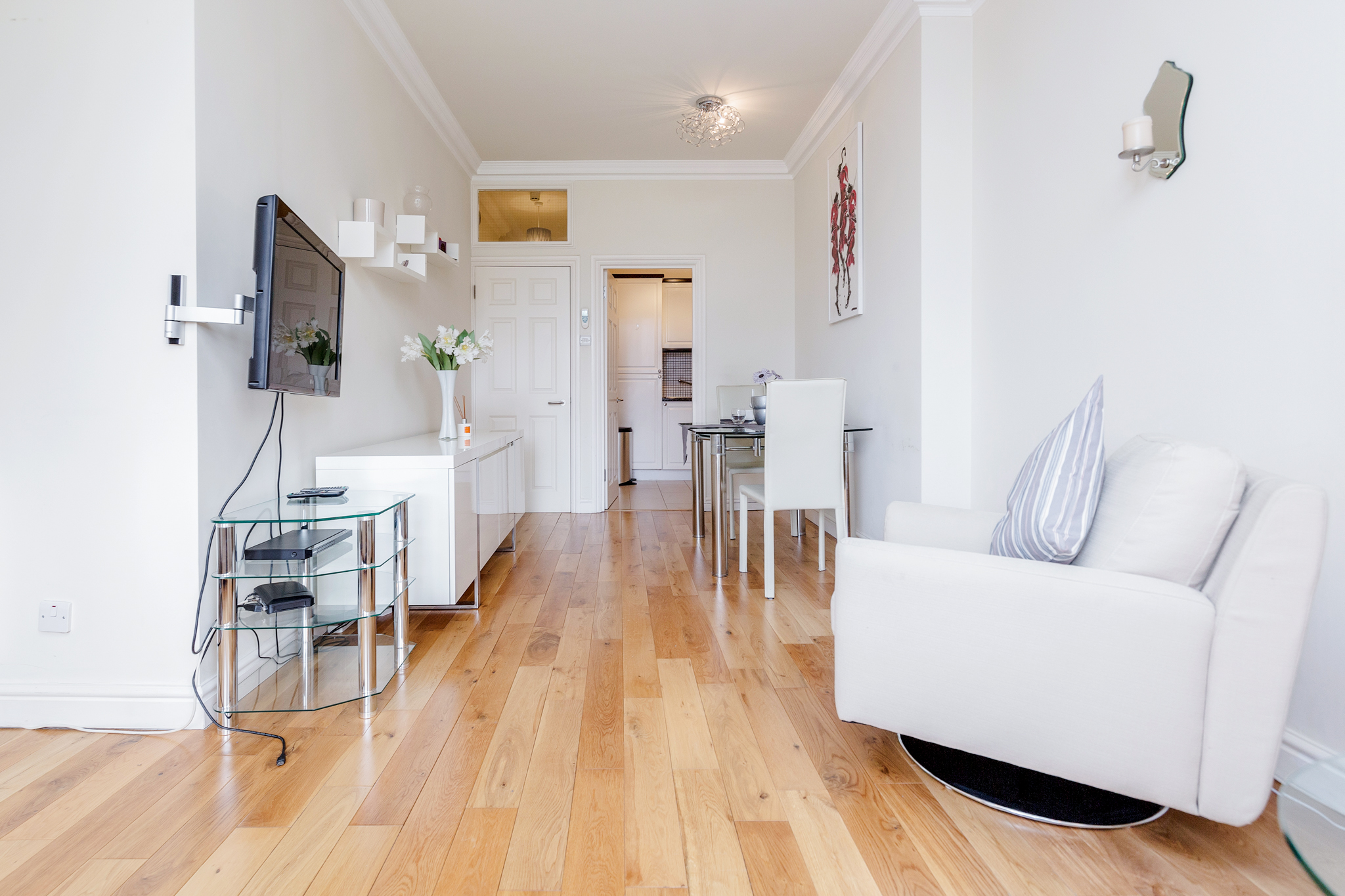 Beautiful cosy one bedroom apartment close to Liverpool Street photo 20464842