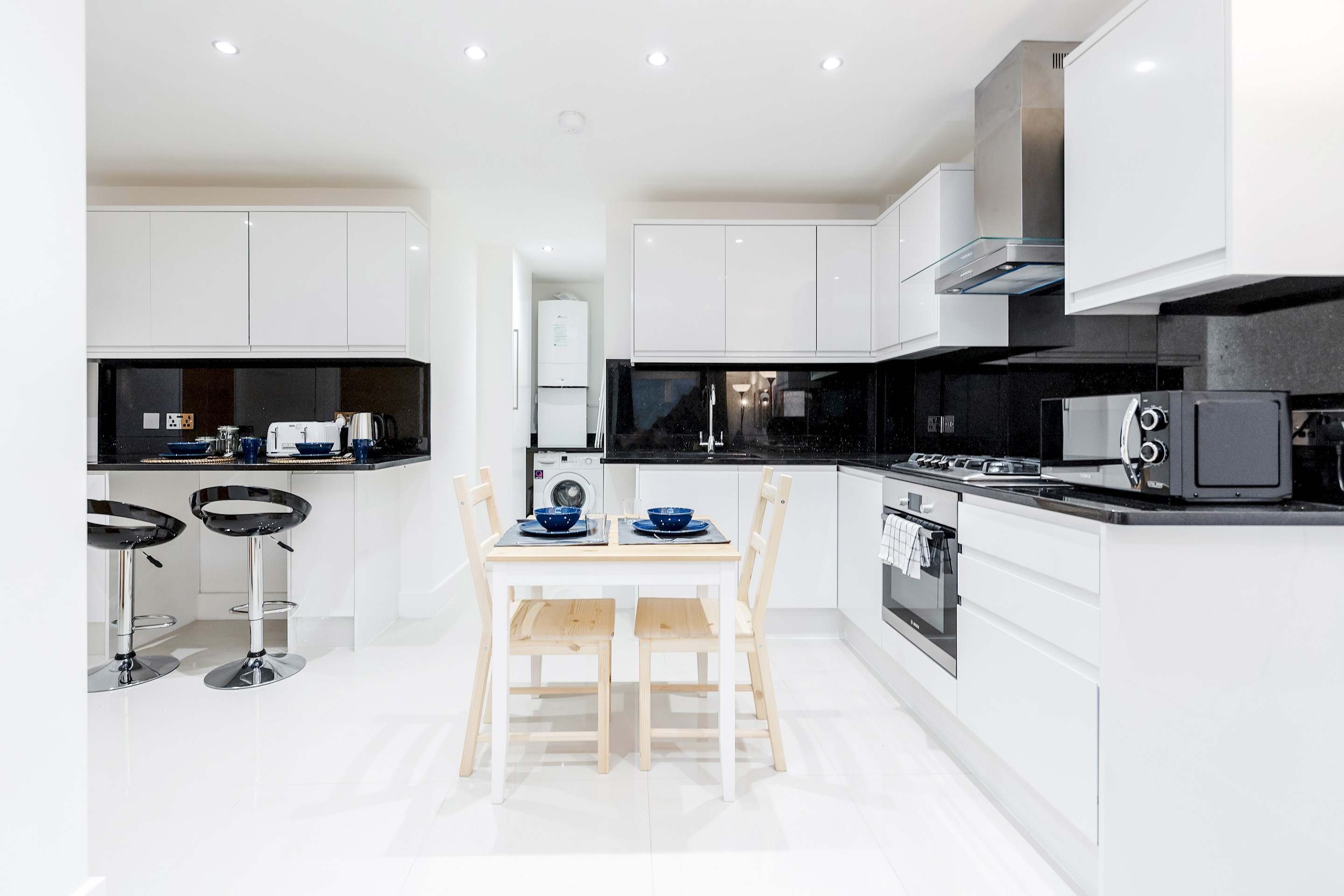 Stunning 1 bedroom flat with private garden minutes away from Tower Bridge photo 20466667