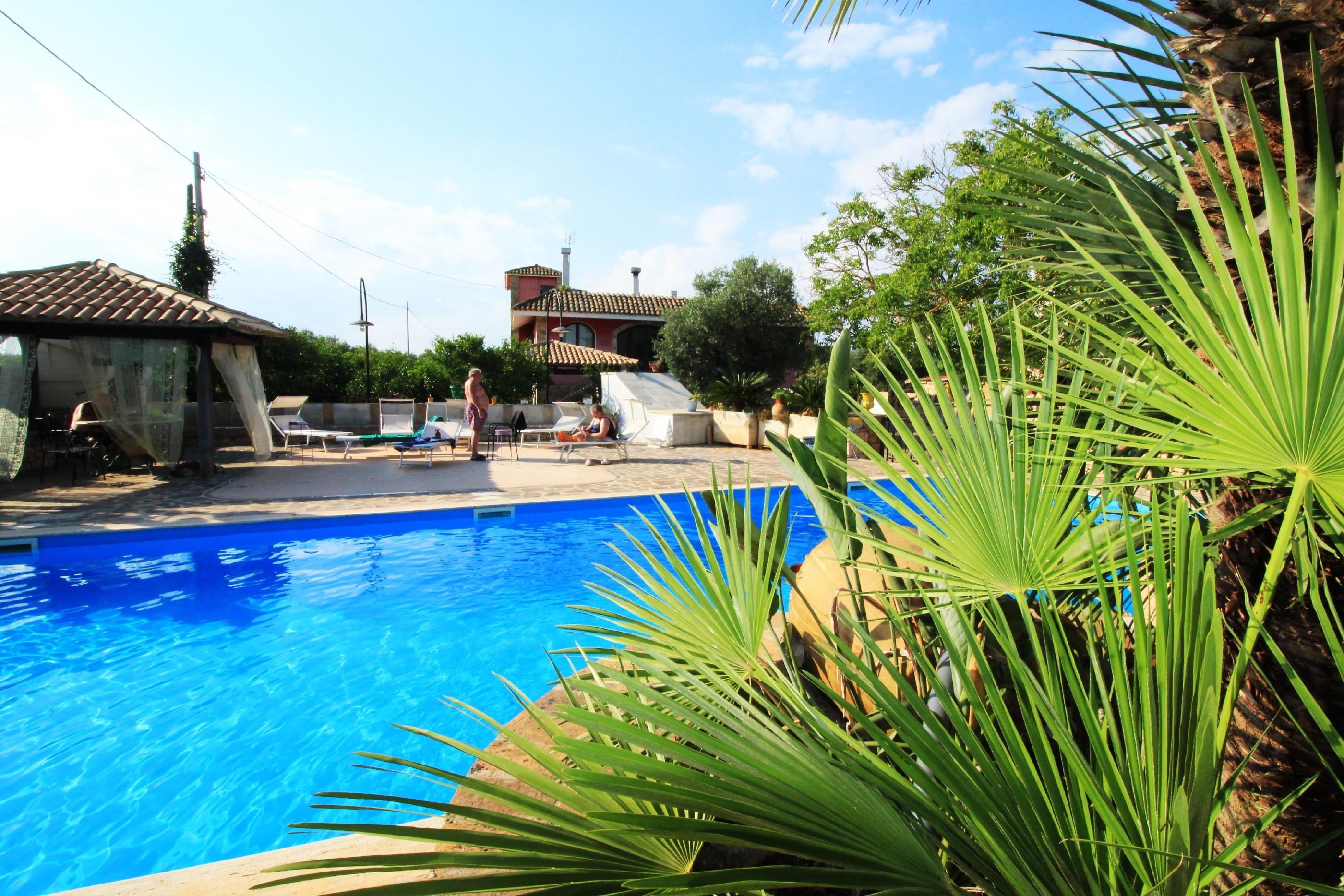 Merlo Trullo con piscina photo 20256358