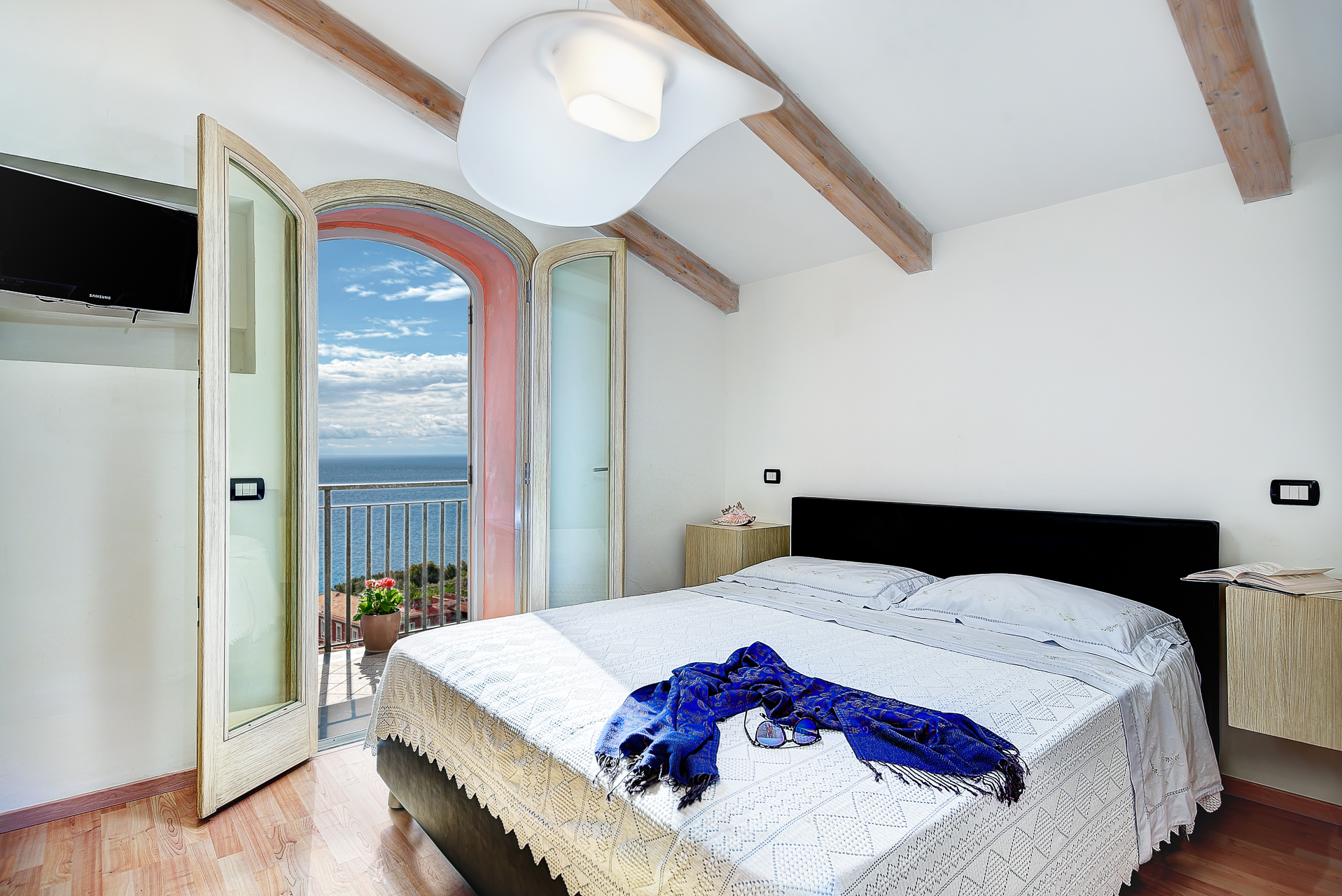 Apartment Acquamarina Suite - Newly Renovated with Sea Views photo 20280332