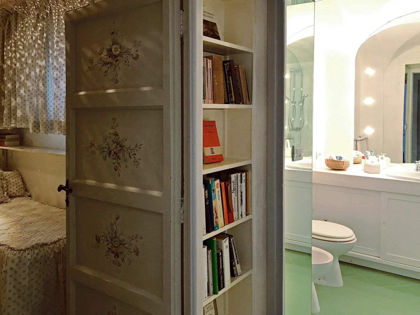 Apartment Green Coral -  Luxury 1950 s Villa photo 18375158