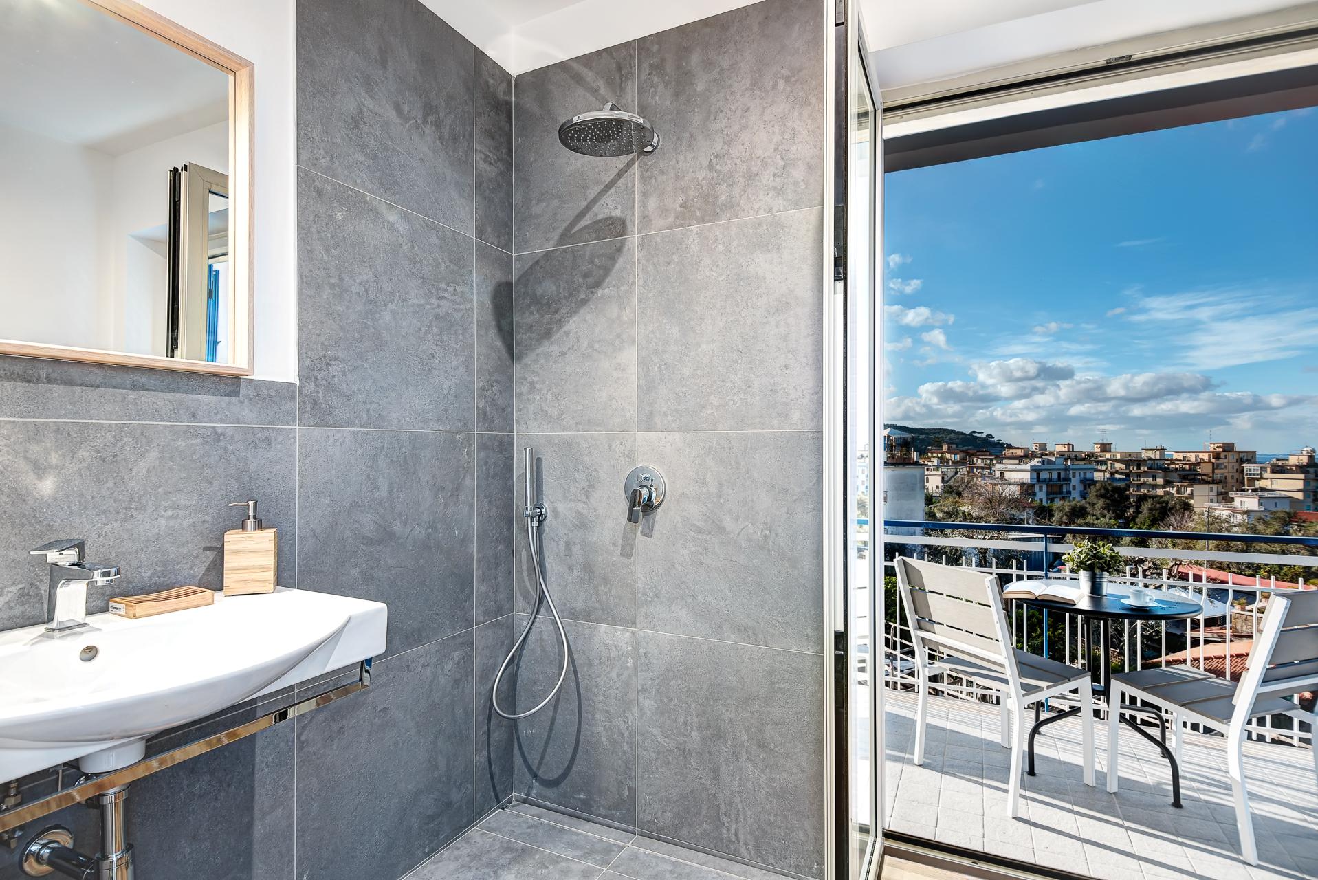 Apartment Sorrento Lux Suites Blu - Designer Apartment Sorrento Centre photo 18786173