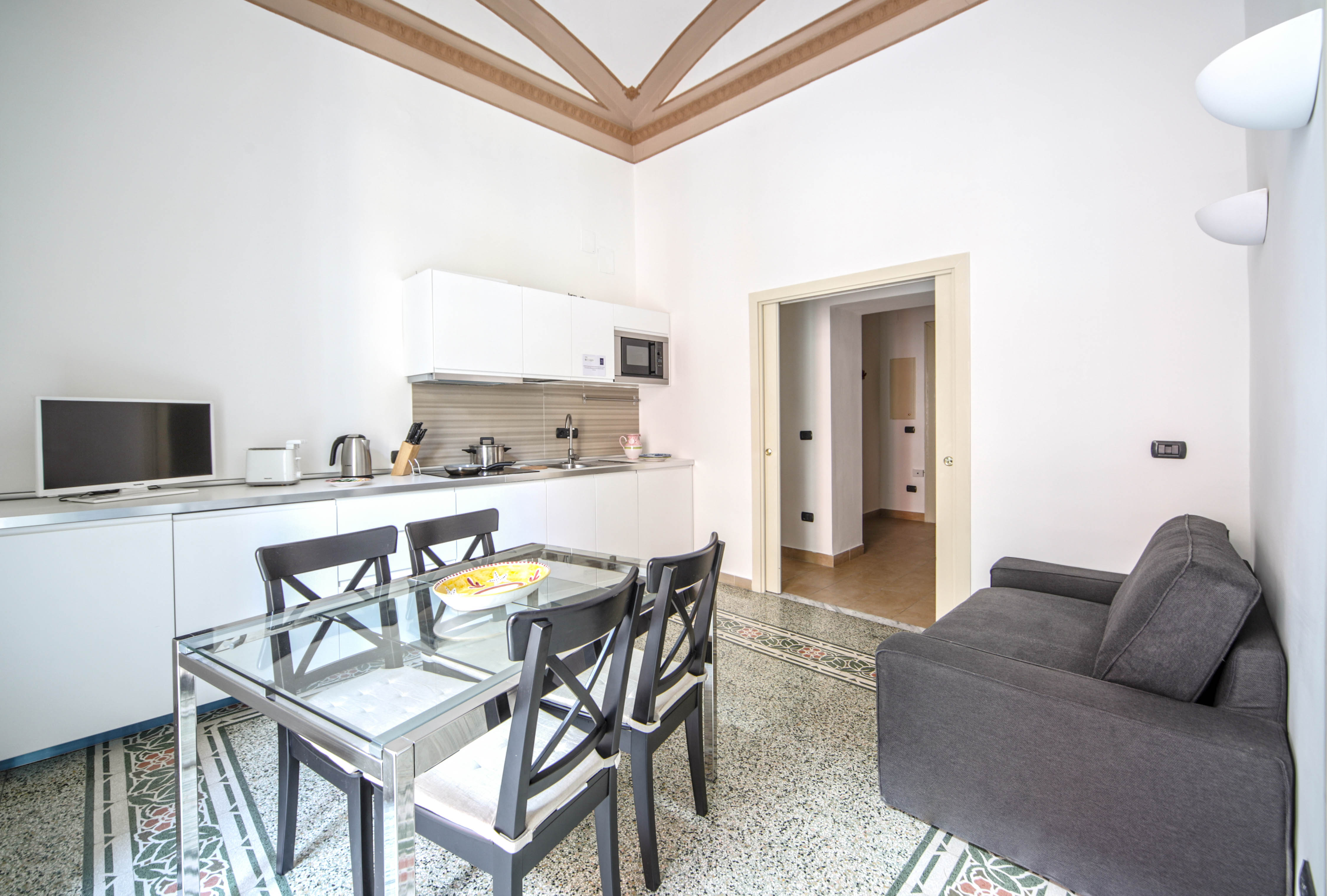 Casa Dante - Historic apartment in the perfect Naples location photo 20428022