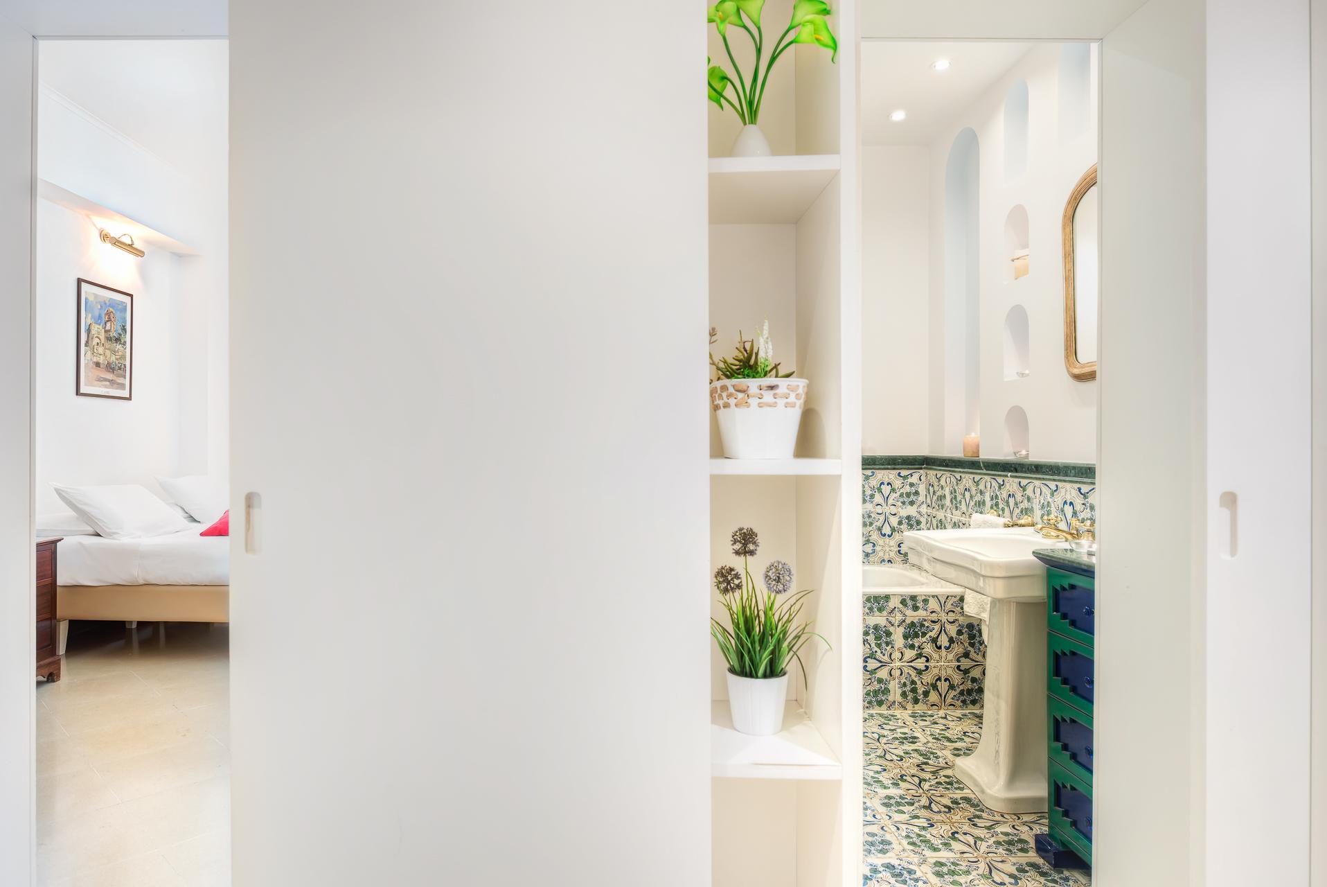 Apartment  El Royale Suites Sorrento - Gold photo 20142606