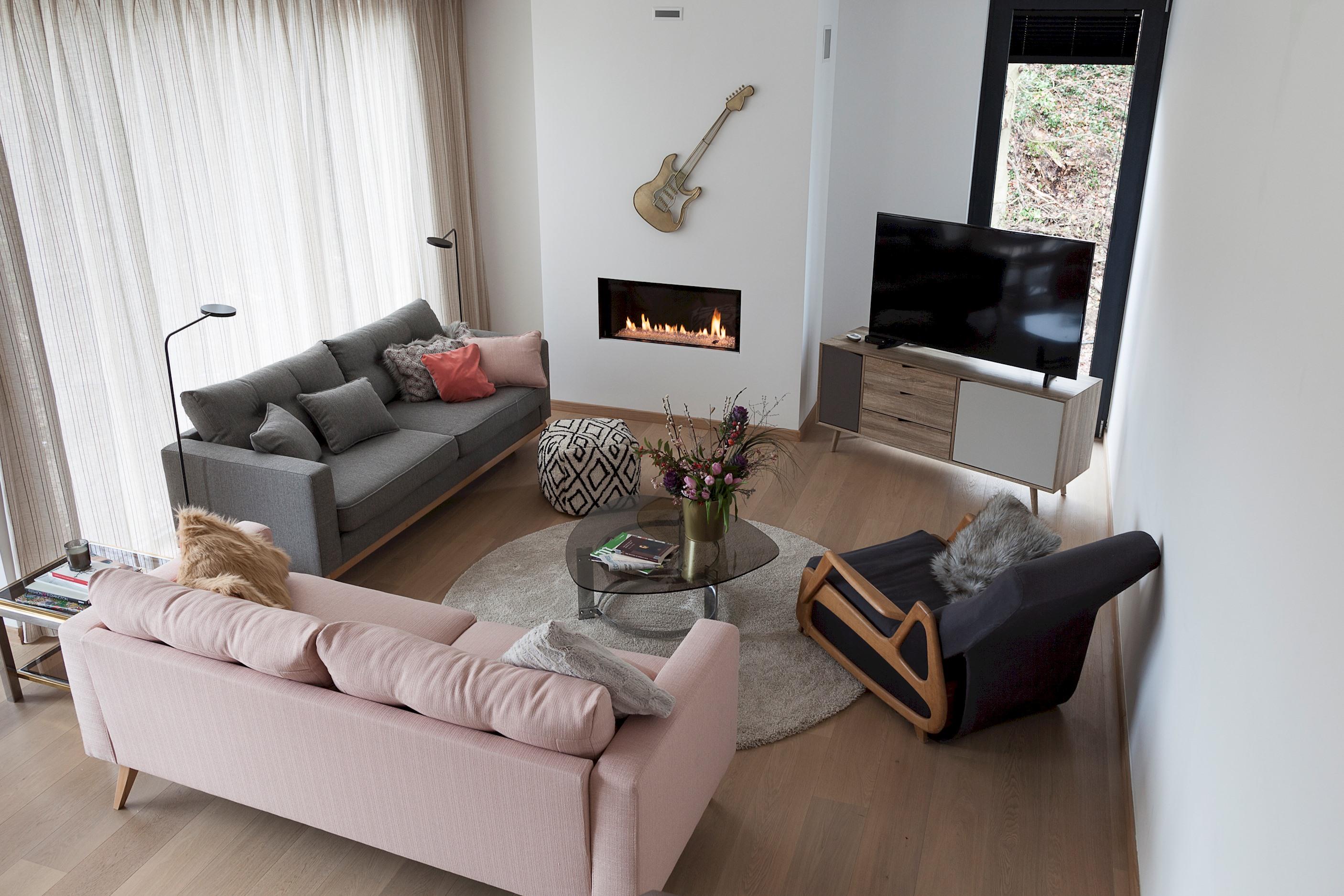 Unit 2 - Modern Smart Home Duplex with free Parking 1