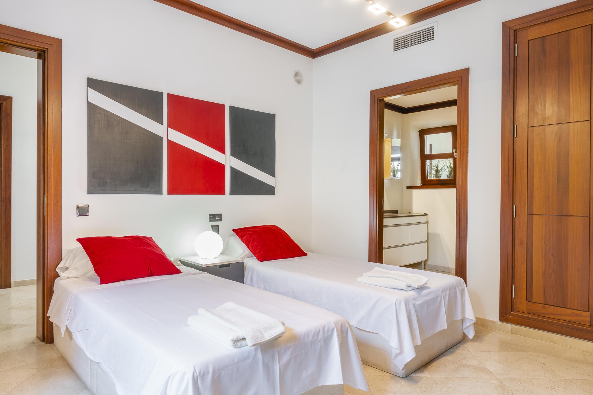 Apartment Villa Son Menusset  piscina privada  wifi  sabor a naturaleza photo 18177805